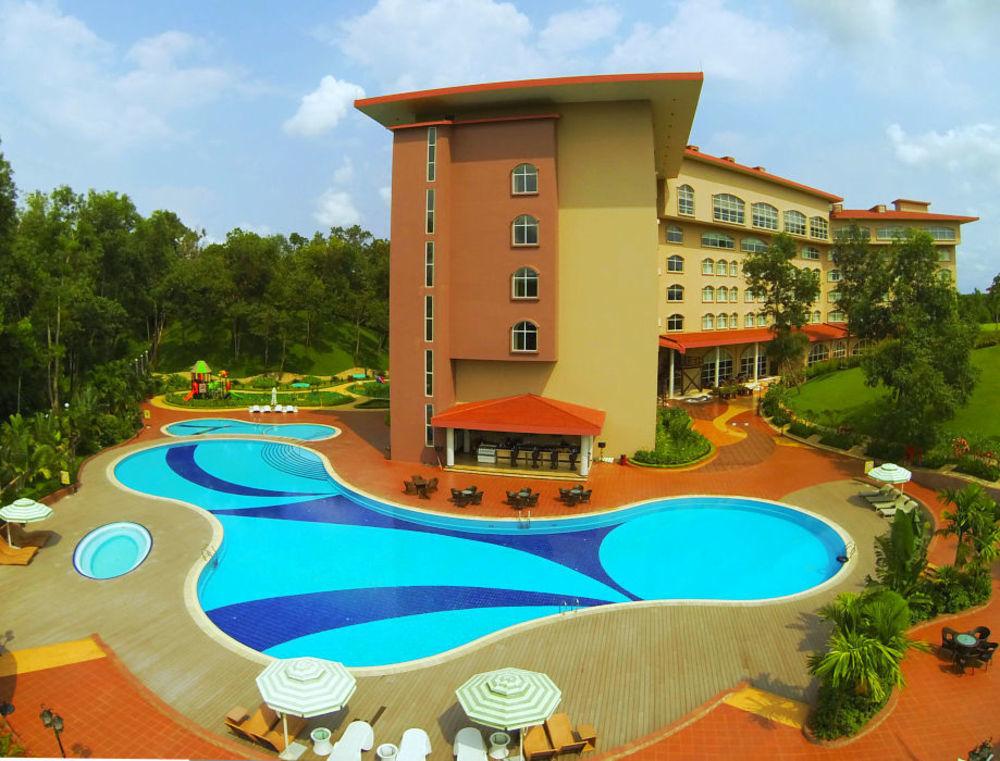 Luxury Tour At Grand Sultan Tea Resort & Golf