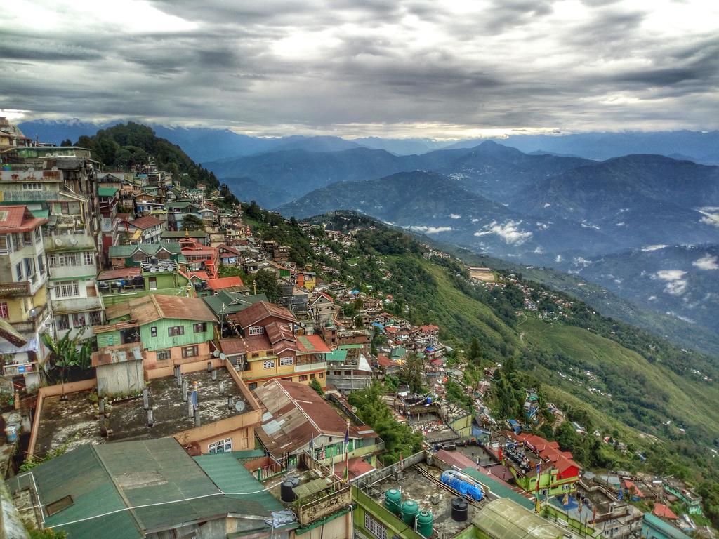 Mesmerizing Darjeeling & Kalimpong